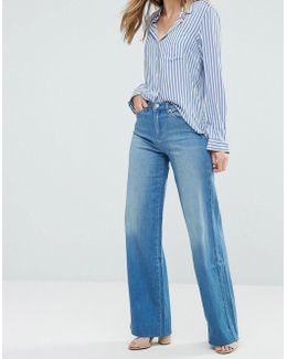 Cushy Wide Leg Jeans