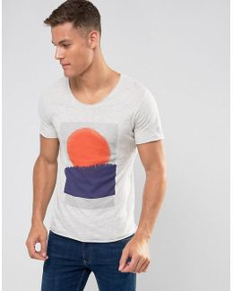 T-shirt With Scoop Neck And Graphic