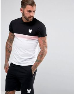 T-shirt In White With Contrast Panels
