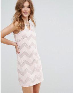Sleeveless Shift Dress In Zig Zag Print