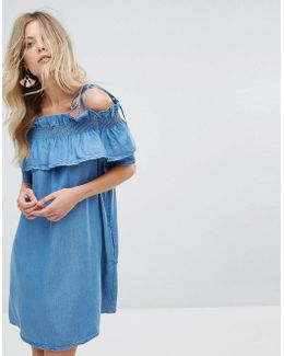 Ruffled Off-shoulder Dress