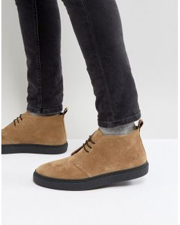 Hawley Mid Suede Desert Boots In Sand