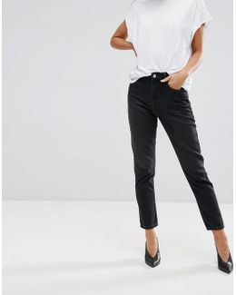 Mom Cut Jeans