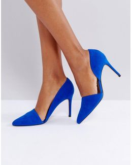 Open Side Pointed Court Shoe
