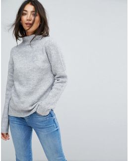 Round Neck Knitted Sweater