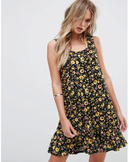 Floral Print Fluted Hem Dress