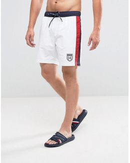 Swimshorts In White With Side Stripe