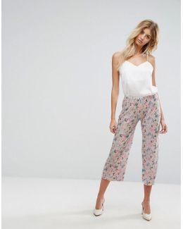 Floral Plisse Crop Pants