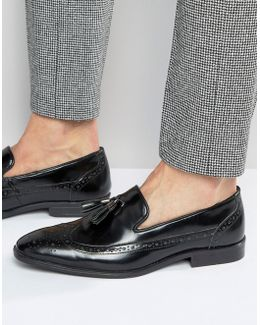Brogue Loafers In Black Leather With Tassel