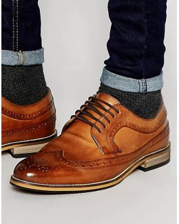 Brogue Shoes In Tan Polished Leather