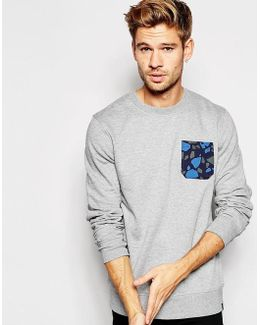 Crew Neck Sweatshirt With Camo Pocket