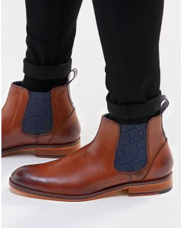Camroon Leather Chelsea Boots
