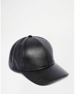 Baseball Cap In Black Faux Leather