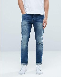Classic Wash Slim Fit Jeans With Stretch