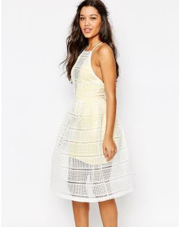 Grid Lace Prom Dress With Contrast Lining