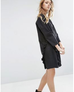 Denim Ovoid Shift Dress With Ruffle In Washed Black