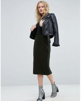 Pencil Skirt In Quilted Velvet