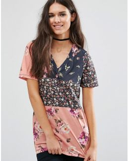 T-shirt In Spliced Floral Print