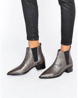 Agave Pewter Leather Chelsea Boots