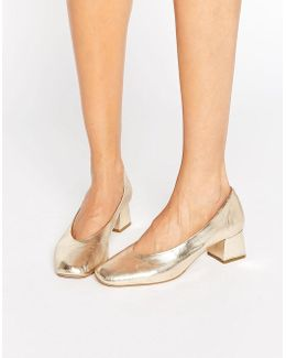 Antidote Gold Leather Mid Heeled Shoes