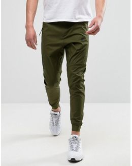 Woven Chino Trousers In Green 823363-331