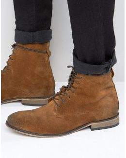 Lace Up Boots In Tan Suede With Natural Sole