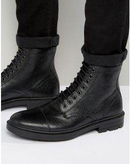 Lace Up Boots In Black Scotchgrain Leather With Toe Cap