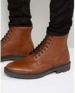 Lace Up Boots In Tan Scotchgrain Leather With Toe Cap