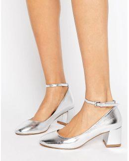 Caleb Metallic Mid Heel Shoe