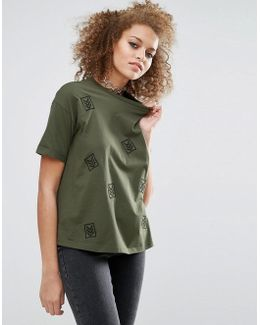 T-shirt With Military Badges