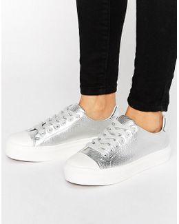 Soft Toecap Lace Up Sneaker