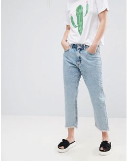 Kyo Frayed Hem Acid Wash Mom Jeans