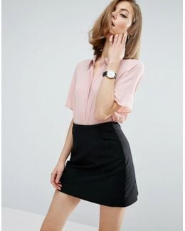 Crop Blouse With Short Sleeves