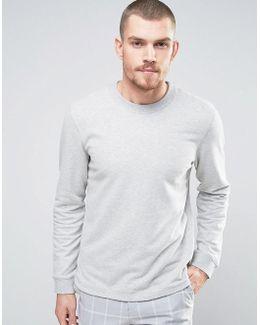 Sweatshirt With Curved Hem