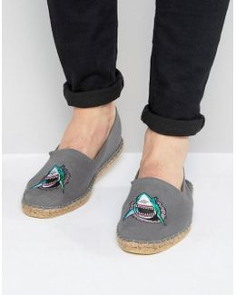 Espadrilles In Grey With Shark Embroidery