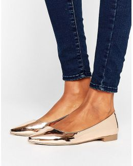 Lost Pointed Ballet Flats