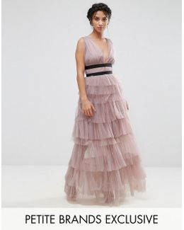 Ruffle Skirt Maxi Dress With Contrast Detail