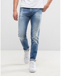 901 Tapered Fit Jean Broken Mid Wash