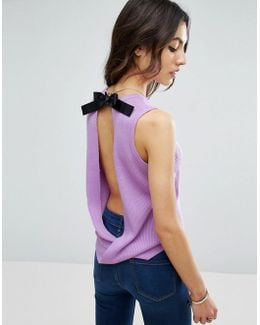 Sleeveless Knitted Top With Contrast Tie