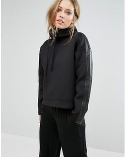 Neoprene Sweat With Leather Details