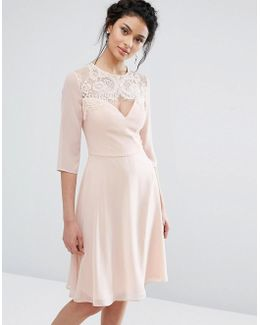 Lace Sweetheart Midi Dress With 3/4 Sleeve
