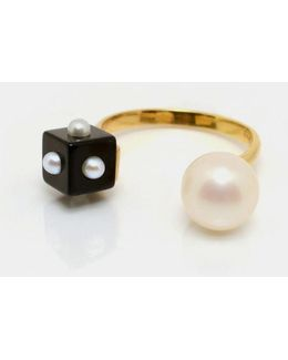 Pearl & Onyx Ring