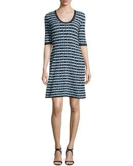 Half-sleeve Broken Zigzag Dress