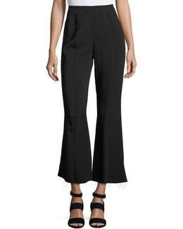 Carel Fit & Flare Side-zip Cropped Pant