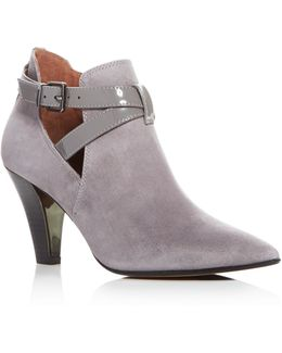 Tamy Pointed Toe Booties