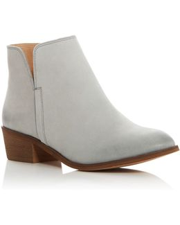 Hamptyn Side Cutout Booties