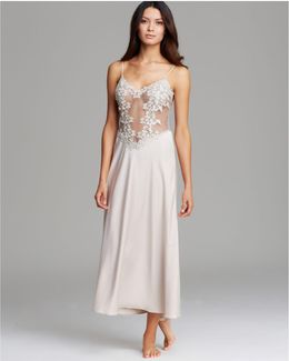 Showstopper Long Nightgown