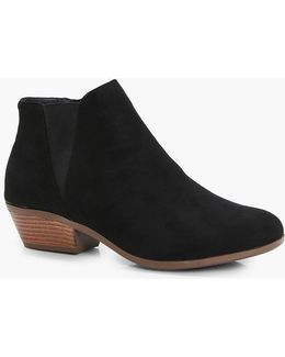 Ivy Western Chelsea Ankle Boot