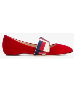 Point Toe Bow Pumps