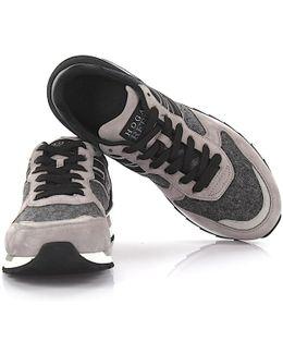Sneakers R261 Suede Material Grey